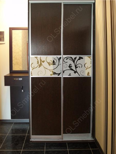 Шкаф купе с комб-ми дверями с песк-ым рисунком
