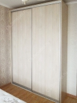 шкаф-купе с дверями из ЛДСП, цвет дуб шамони